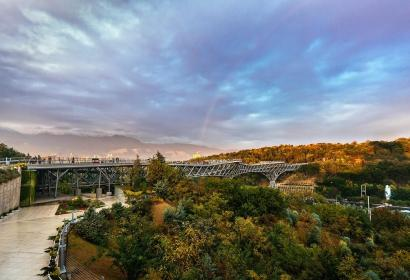 Tehran, Iran - Tabiat pedestrian bridge 18 - Photo by Mohammad Hassan Ettefagh