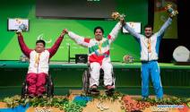 rio-2016-powerlifting-mens-80kg-gold-medalist-majid-farzin-from-iran-paralympic-games-in-rio-de-janeiro-brazil-foto-news-xinhuanet-com