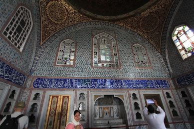 Topkapi Palace - beautiful creamics