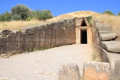 Treasure of Atreus: The entrance