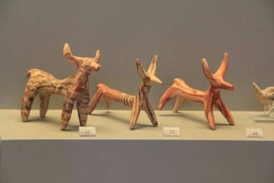 Animal figurines from graves