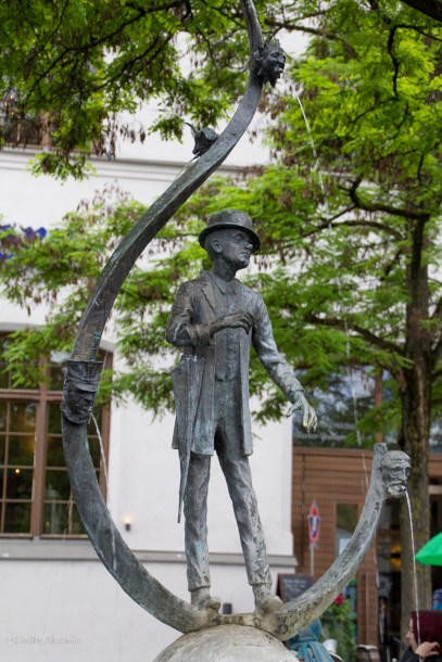 Statue of Karl Valentin, Bavarian comedian, author & film producer