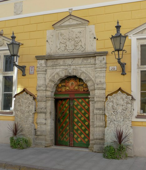 Built in 1440, this house was used as a German merchants' club for nearly 500 years