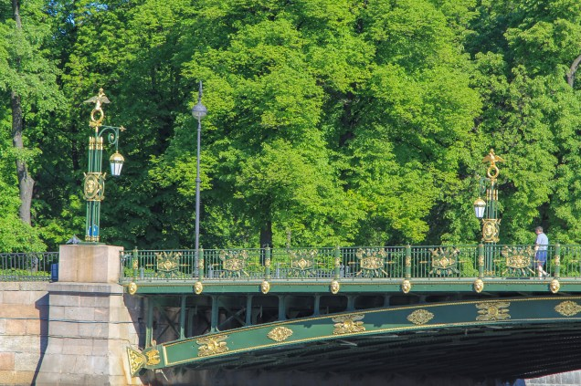 The Panteleymonovsky Bridge & the gardens of Peter the Great's summer palace. These trees were not (like most in Russia) cut down for fuel during the war.