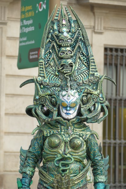 La Rambla - Living statue street performer