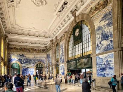 São Bento Station