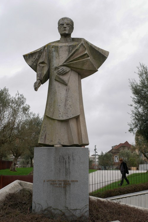 A rather modern statue. He was Bishop of Porto from 1952-1982. He was exiled for many years because of his opposition to the fascist regime of Salazar