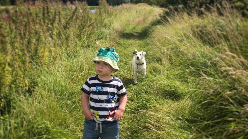 7 simple ways to get toddlers outdoors