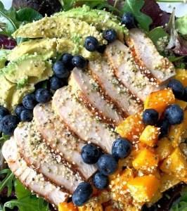 salad with hemp hearts and avocado