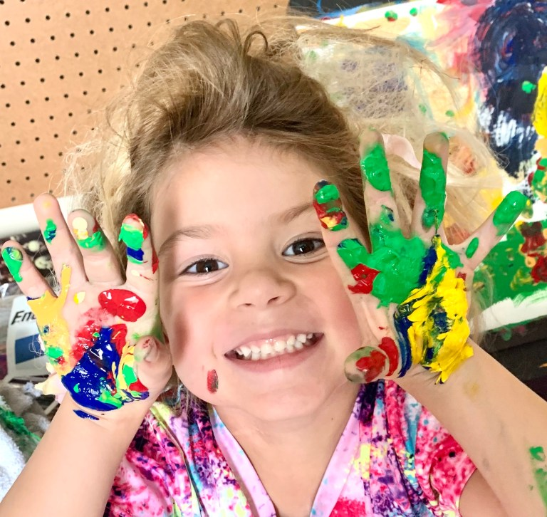 Layla fingerpainting