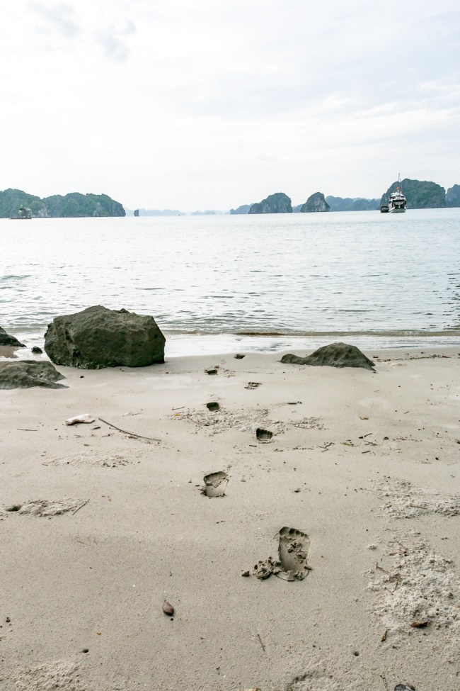 Indochina Junk - Ha Long Bay Vietnam - The Overseas Escape-11