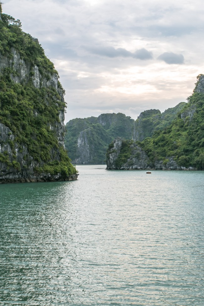 Indochina Junk - Ha Long Bay Vietnam - The Overseas Escape-26