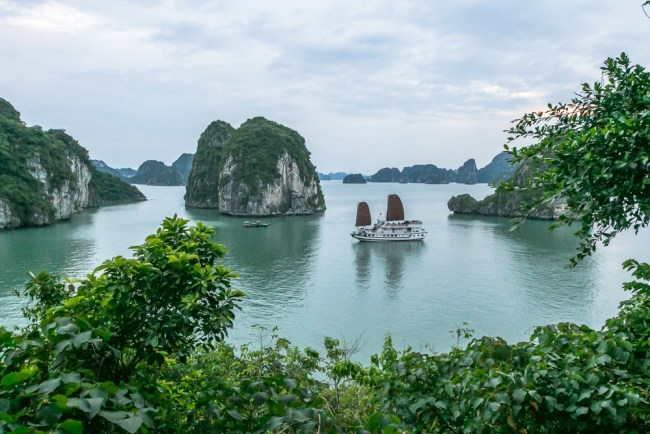 Indochina Junk - Ha Long Bay Vietnam - The Overseas Escape-31