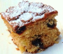 https://thepaddingtonfoodie.com/2012/11/04/hermann-the-german-friendship-cake-with-apples-cherries-almonds-and-rum/