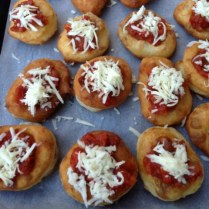 Pizzette Fritte Topped