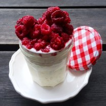 https://thepaddingtonfoodie.com/2013/05/03/the-5-2-challenge-more-reinvention-the-modern-bircher-muesli-overnight-oats-in-a-jar-with-raspberries/