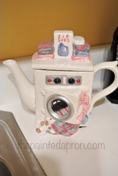 laundry room teapot thepaintedapron.com