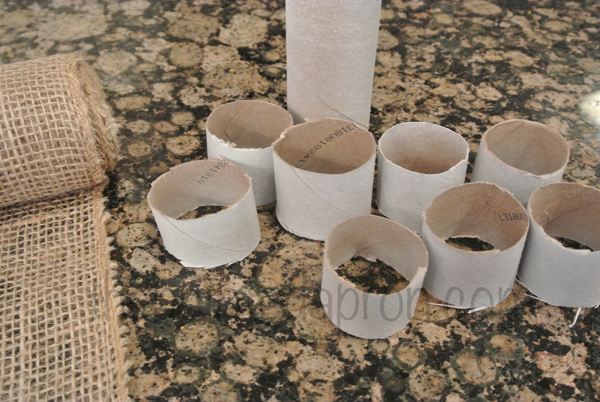 napkin rings from cardboard
