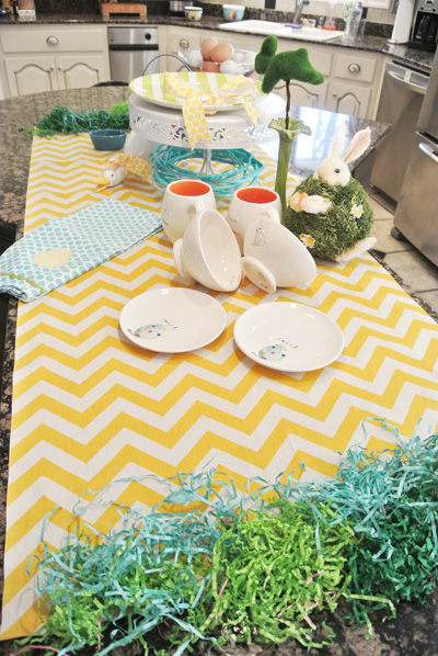 zig-zag table runner thepaintedapron.com