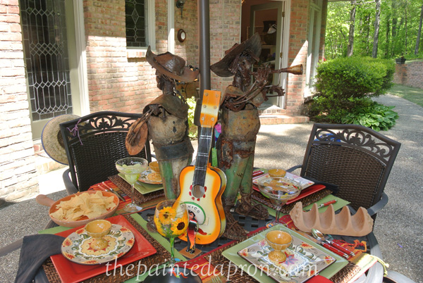 cinco de mayo table 2 thepaintedapron.com