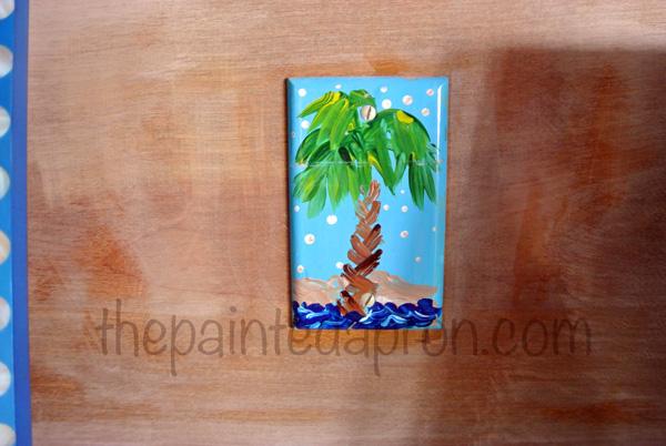 palm tree switchplate thepaintedapron.com