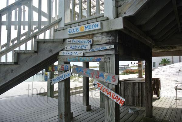 funky signs thepaintedapron.com