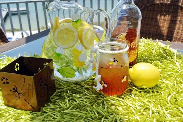 lemonade and sweet tea thepaintedapron.com