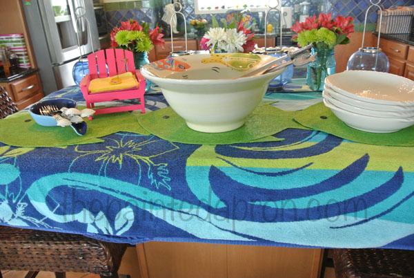 beach towel buffet thepaintedapron.com