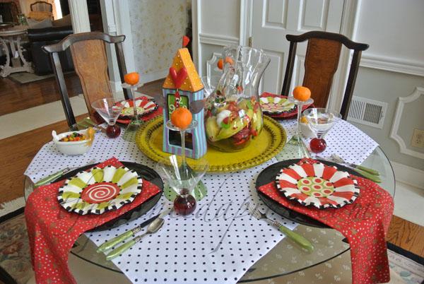 topsy turvy table thepaintedapron.com