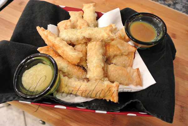 sweet fries with 2 dipping sauces thepaintedapron.com 1