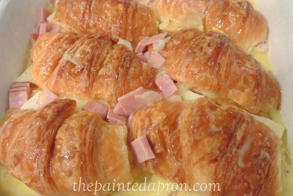 Croissant Brunch Casserole Plus thepaintedapron.com