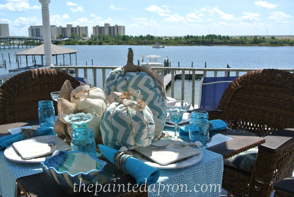 fall beach table 1 thepaintedapron.com