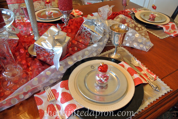Valentine party thepaintedapron.com