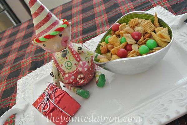 Christmas Chex thepaintedapron.com