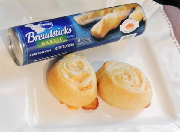 bread stick rolls thepaintedapron.com