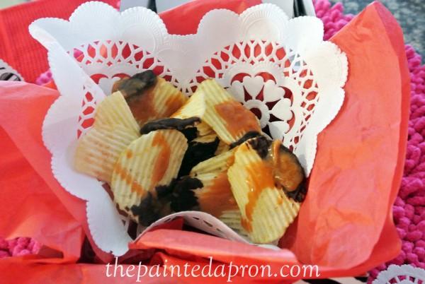 chocolate drizzle potato chips