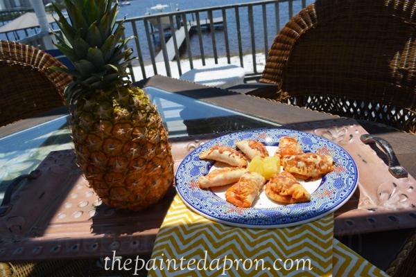 empanadas thepaintedapron.com