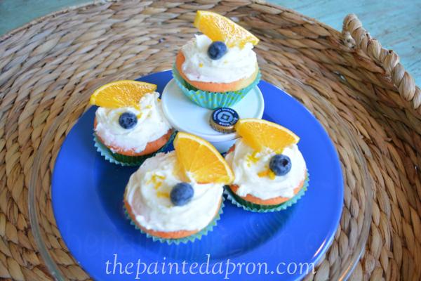 bluemoon cupcakes thepaintedapron.com