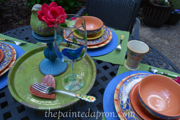 garden table 3 thepaintedapron.com