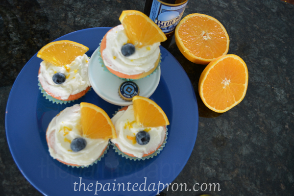 summer cupcakes thepaintedapron.com
