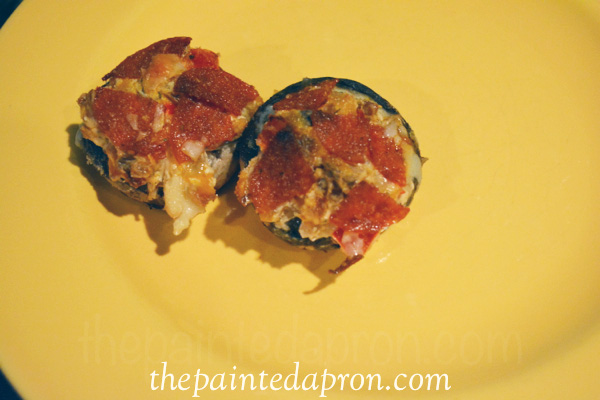 Italian stuffed mushrooms thepaintedapron.com