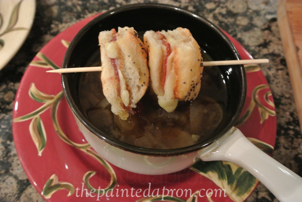sandwich croutons thepaintedapron.com