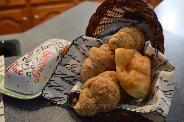 bread basket thepaintedapron.com