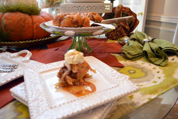crescent bundt cake thepaintedapron.com