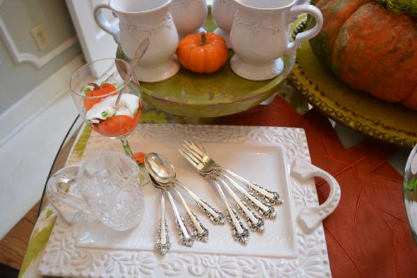 silverware tray thepaintedapron.com