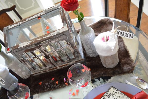 sweetheart cottage centerpiece 4 thepaintedapron.com
