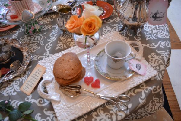 tea tray thepaintedapron.com