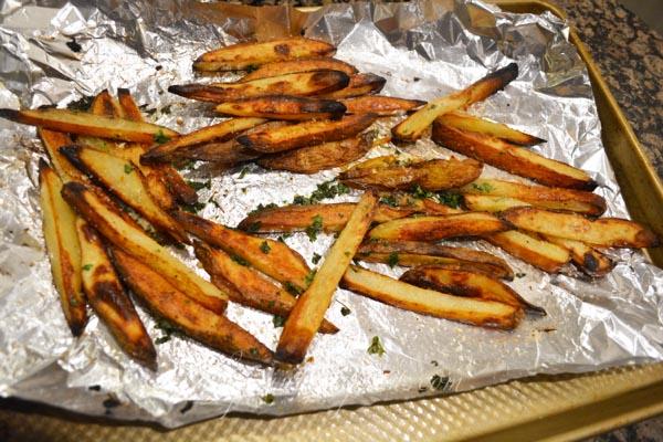 steak house garlic fries thepaintedapron.com