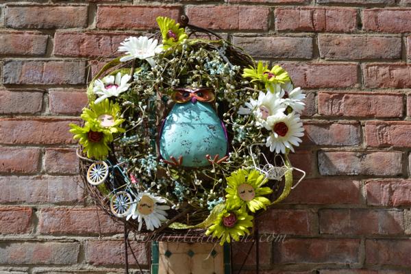 garden daisy whimsy wreath thepaintedapron.com