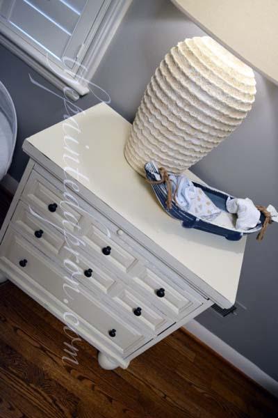 Old white nightstand thepaintedapron.xom